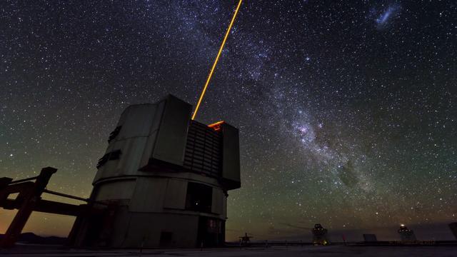 "Time-Lapse ""Astronomer's Paradise"""