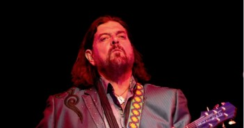 Alan Parsons Guadalajara 2015 - Nine Fiction