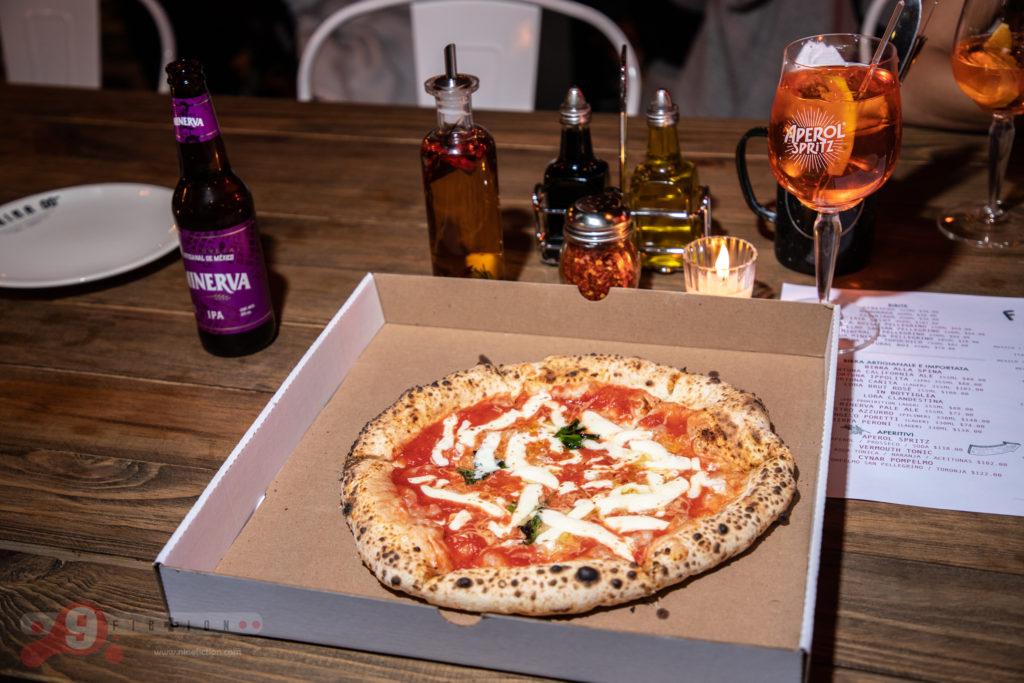 Pizzeria Napolitane Mercado Andares Nine Fiction Alejandro Guerrero-28