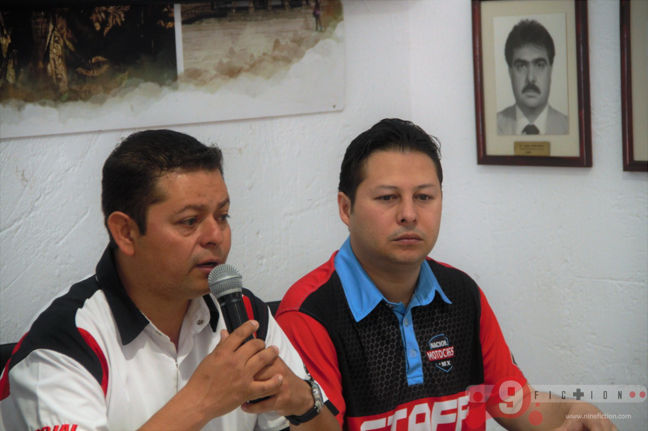 Rueda de prensa Campeonato Nacional de Motocross - Foto Roberto Mora - Nine Fiction 01