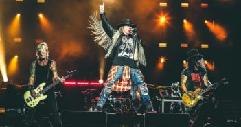 guns-n-roses-press-photo-sept-live-billboard-1548